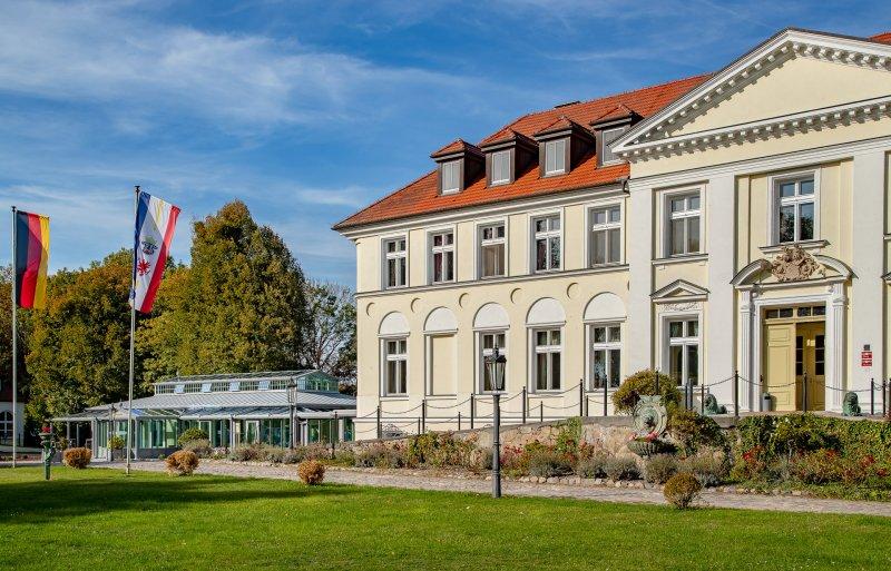 Seeschloss-Schorssow16